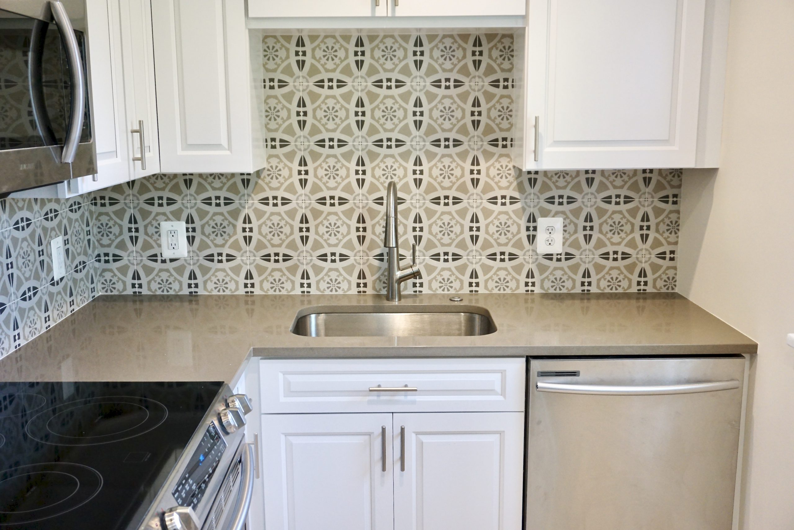 Custom Design Tile Kitchen Remodel